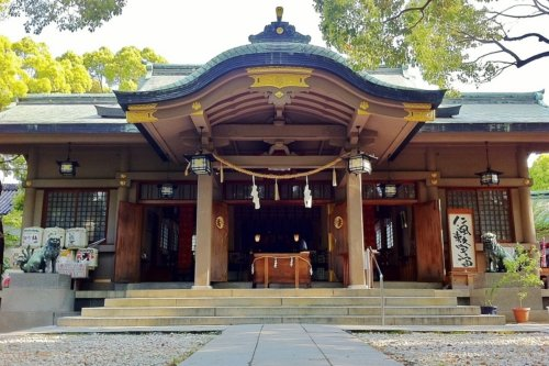 "MITSUWAYA Staff Mako's Recommendation Osaka spot ""Kozu shrine"""